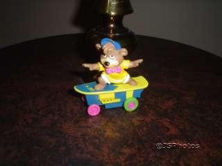 Yogi Bear Boo Boo & Cindy Lot of 5 Toy Moving Figures