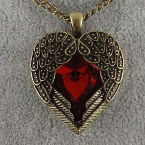 Pretty Vintage Red Crystal Heart Wings Pendants necklace.