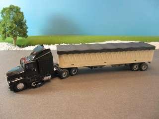 & Ertl Diecast Kenworth Tractor Trailer Grain Truck 164
