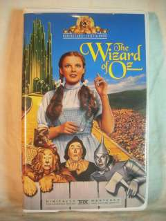 The Wizard of Oz VHS CLAMSHELL Judy Garland Jack Haley 027616520432
