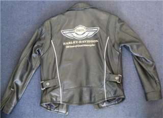 Harley Davidson Leather Jacket 100th Anniversary Medium, runs Large