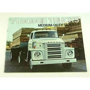 1971 71 DODGE MEDIUM DUTY Truck BROCHURE D800 C600 W500