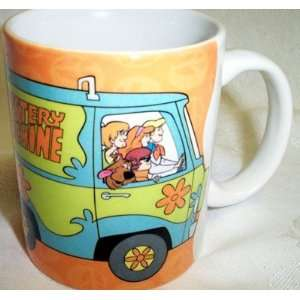 Scooby Doo & Gang in The Mystery Machine Van Mug  Kitchen