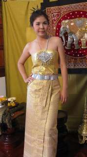 Thai Silver Leafs and Flowers Headset Worn in Weddings Thailand Outfit