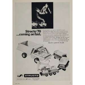 Ad Structo Toys Dump Truck Shovel Construction   Original Print Ad