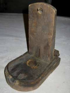 ANTIQUE PRIMITIVE COUNTRY FARM HOUSE WOOD MOUSE TRAP CANDLE HOLDER