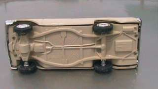 vinage 1962 ford counry squire saion wagon hubley promo model car