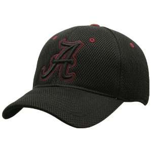 Top of the World Alabama Crimson Tide Black Roll Out 1 Fit