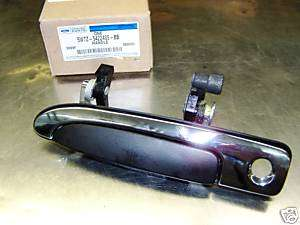 2004 06 CROWN VICTORIA GRAND MARQUIS L OUT DOOR HANDLE