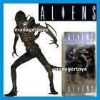 Alien Warrior Action Figur 22 cm / 20 Gelenke / NECA