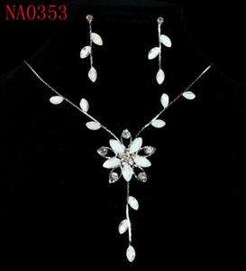 Fascinating Flower Crystal Necklace & Earrings Set