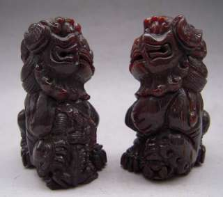 Pair Tibet Tibetan Yak Horn Carved Guardian Foo Fu Dog Statue
