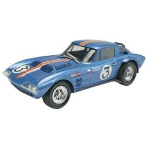 Revell 1/24 Corvette Grand Sport Car Model Kit: Toys