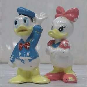 Disney 2 Tall Ceramic Figures Daisy Duck & Donald Duck: Toys & Games