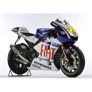 YAMAHA YZRM1 VALENTINO ROSSI MOTOGP 2010 Diecast Model Motorcycle in 1