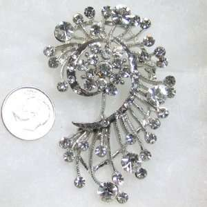Flowers Clear Austrian Swarovski Crystals Brooch Pin