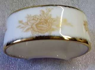BN ROYAL ALBERT OLD COUNTRY ROSES GOLD NAPKIN RING